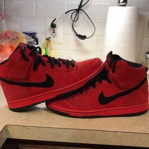 Nike dunk sb high Red Devils